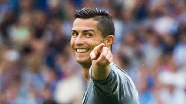Ronaldo-van-toa-sang-nhu-thuong-le
