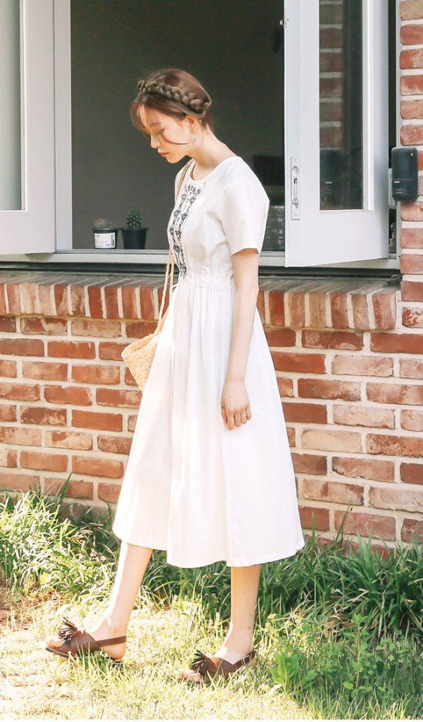 váy màu trắng