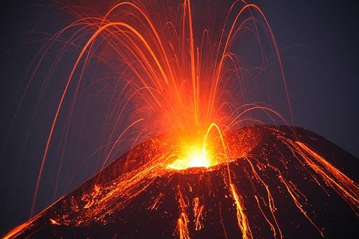 Mơ thấy núi lửa có điềm báo gì? đánh số nào?