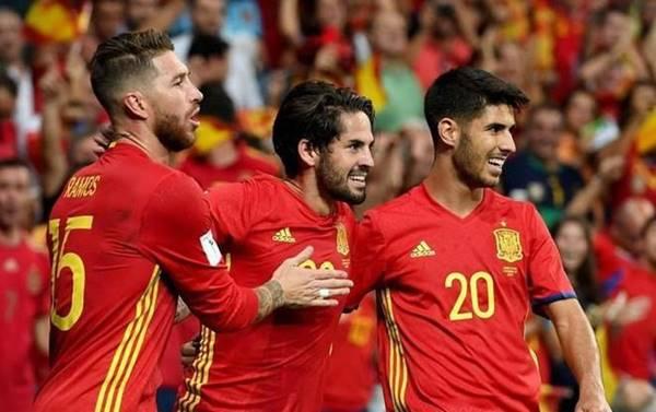 """Thuỵ Điển và Tây Ban Nha """"khủng hoảng"""" vì Covid-19 trước EURO 2021"""