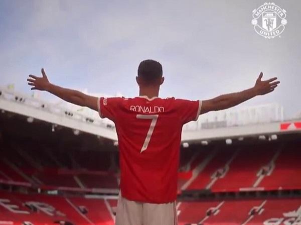 Tin Ngoại Hạng Anh 11/9: Solskjaer đồng ý với Rooney 1 điều về Ronaldo